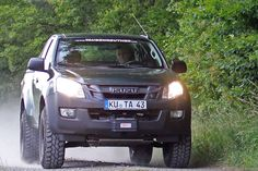 Isuzu D-Max Taubenreuther-Tuning: Scharf gemachter Pickup Isuzu D Max, Offroad, Auto Motor Sport, Land Rovers, Japanese Cars, Pick Up, Cars And Motorcycles, Ford, Trucks