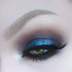 Self-Portraiture/Makeup — Alise Carter Blue Eyeshadow, Benefit Cosmetics, Instagram Posts, Eyebrows, Eye Makeup, Graphic Design, Beauty, Make Up Looks