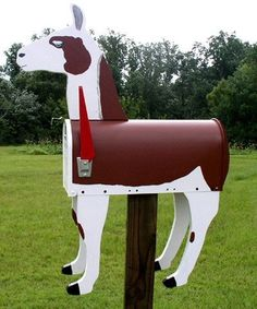The Llama Mailbox is truly the most Unique Functional Art for your Home or Stable. Cute Llama, Llama Llama, Llama Arts, Red Pajamas, Funny Pictures, Funny Pics, Sheep, Ranch, Outdoor Decor