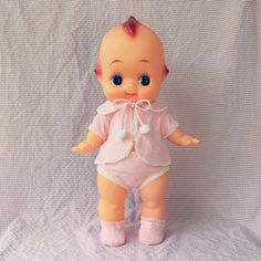 Retro Kewpie by Toy Royal 55cm. คิวพีเก๋าๆเสกลหัวโต เครื่องทรงครบ จากบริษัทผลิตของเล่นรุ่นบุกเบิกในญี่ปุ่น สอบถามได้นาจา ปล. ปั๊มmade in japan ใต้เท้า #kewpiethailand #kewpiedoll #kewpie #kewpies #kewpielover #คิวพี #キューピー #キューピー人形 #キューピーちゃん #ตุ๊กตาคิวพี #ของสะสมญี่ปุ่น