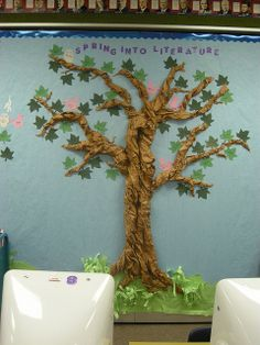 Reading Bulletin Board Barnette Reading Bulletin Board One Of Many Photos Shared By An Elementary School Library Associate Bulletin Board Trees Love This Tree Barnette Reading Bulletin Board By Katiehsanders Via Bulletin Board Tree, Reading Bulletin Boards, Classroom Bulletin Boards, Preschool Bulletin, Creative Bulletin Boards, Classroom Tree, School Classroom, Classroom Ideas, Spring Display Ideas Classroom