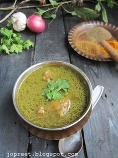 Chicken Soup - Kongu Nadu Special Ingredients :To Grind small tsp pepper tsp cumin tbsp ginger-garlic cinnamon I Love Food, Good Food, Yummy Food, Indian Food Recipes, Healthy Recipes, Curry Recipes, Veg Recipes, Healthy Foods, Gastronomia