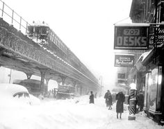 Winter in New York City in 1947. Third Avenue between E. 44th and E. 45th Streets.