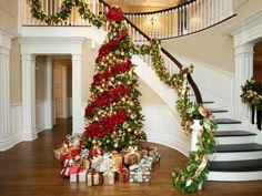 Spruce Christmas Tree, Christmas Tree Themes, Noel Christmas, Rustic Christmas, Red And Gold Christmas Tree, Christmas Vinyl, Spruce Tree, Xmas Tree Decorations, Christmas Morning