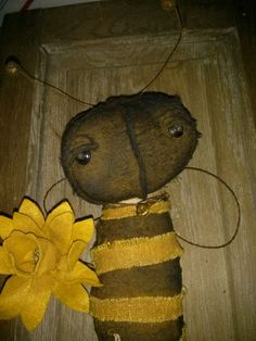 Primitive Lil Bumble Bee