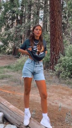 Cute Outfits With Shorts, Swaggy Outfits, Cute Comfy Outfits, Stylish Outfits, Cool Outfits, Casual Teen Outfits, Denim Shorts Outfit Summer, Flannel Outfits Summer, Cute Hiking Outfit