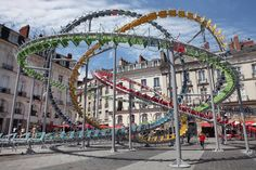 Hundreds of Colorful Café Chairs Turned into Roller Coaster – Fubiz Media