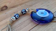 Décoration murale oeil bleu porte bonheur Baby Jewelry, Handmade Jewelry, Evil Eye Jewelry, Artisanal, Decoration, Eyes, Bracelets, Blue Eyes, Lucky Charm