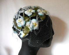 CLOSING SALE Garden party vintage dainty floral hat. by posypower