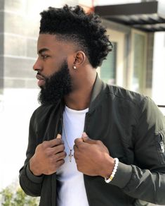 Image may contain: 1 person, beard and closeup Male Haircuts Curly, Black Men Haircuts, Black Men Hairstyles, Taper Fade Afro, Afro Fade, Mens Dreadlock Styles, Dreadlock Hairstyles For Men, Black Curly Hair, Curly Hair Men