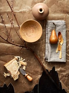 Still life by Josefin Haag and Photographer Kristofer Johnsson for Residence Magazine Chocolate Shots, Craft Fair Displays, Still Life Photos, Prop Styling, Food Photography Styling, Still Life Photography, Light Photography, Wabi Sabi, Modern Rustic
