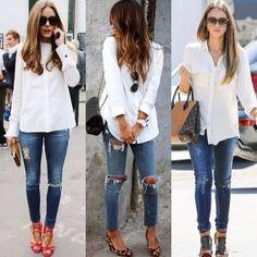 Witte blouse, spijkerbroek, pumps