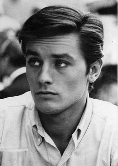 Alain Delon - most beautiful man on film Old Hollywood Actresses, Actors & Actresses, Anthony Delon, Pretty People, Beautiful People, Anouchka Delon, Classic Hollywood, Gorgeous Men, Movie Stars