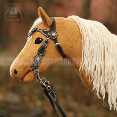Hobby Horse, Horse Tack, Pool Noodle Crafts, Stick Horses, Year Of The Horse, Anastasia, Nails, Crochet, Horse