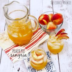 Vang trắng vang trắng!  Peach Pie Sangria. Refreshing, fruity and easy!! Making this for #Easter {The Cookie Rookie}
