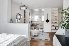 Scandinavian style in a studio apartment. Appartement Design Studio, Studio Apartment Design, Studio Apartment Decorating, Home Interior, Interior Design Living Room, Design Interior, Small Space Living, Small Spaces, Studio Decor