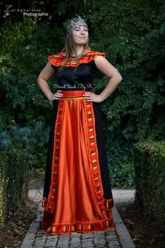 Robe Kabyle Noir/Orange • Orient'touch By R • Tictail