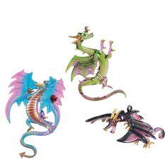 Dragon Glass, Dragon Art, Halloween Ornaments, Xmas Ornaments, Halloween Ideas, Fantasy Creatures, Mythical Creatures, Dragon Halloween, Dragon Birthday