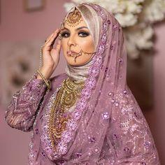 Bridal Hijab Styles, Asian Bridal Dresses, Muslim Wedding Dresses, Bridal Outfits, Saree With Hijab, Hijab Bride, Hijab Fashion Inspiration, Pakistani Bridal Dresses, Turban Hat