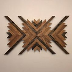 Use Pallet Wood Projects to Create Unique Home Decor Items – Hobby Is My Life Reclaimed Wood Wall Art, Wood Art, Cool Art Projects, Wood Projects, Vinyl Shutters, Metal Tree Wall Art, Easy Woodworking Projects, Hanging Art, Unique Home Decor