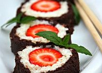 """Jahodové """"sushi"""" s mátovým """"wasabi"""""""