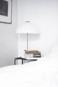 the cozy space Home Bedroom, Modern Bedroom, Bedroom Decor, Bedroom Lighting, Bedroom Ideas, Home Interior Design, Interior Architecture, Interior Decorating, Small Bedroom Designs