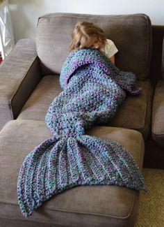 FADFAY Mermaid Blanket Knitting Pattern Blanket Mermaid Tail Blanket-Blue Kids *** Visit the image link more details. Crochet Afghans, Crochet Blanket Patterns, Knitting Patterns, Crocheted Blankets, Cozy Blankets, Knitting Ideas, Free Knitting, Baby Knitting, Crochet Gratis