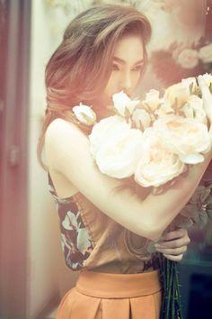 Us girls, love flowers
