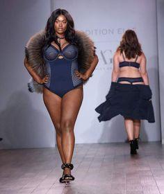 Des courbes, de la cellulite et une lingerie fabuleuse