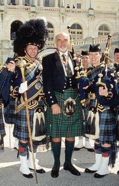 Sean Connery (in MacLean of Duart hunting tartan. oldest known tartan) and others in kilts. Sean always fine in a kilt.or as my Scottish friend says, he's a bit of alright 😉😄 Sean Connery, National Tartan Day, Scottish People, Tartan Kilt, Tartan Men, Scottish Tartans, Scottish Kilts, Men In Kilts, Komplette Outfits