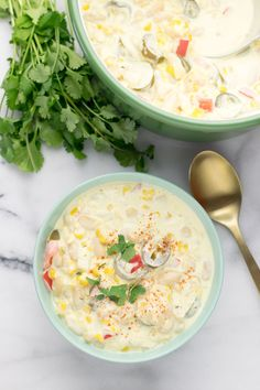 This Vegetarian White Chili is made with vegan cream cheese, super easy to make and seriously delicious. Also entirely plant based and gluten free. Vegetarian White Chili Recipe, Vegetarian Cooking, Vegetarian Recipes, Healthy Recipes, Cooking Chili, Cooking Lamb, Cooking Ribs, Vegan Chili, Cooking Steak
