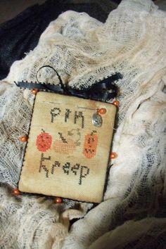 Primitive  Halloween Pin Kreep on Etsy, $13.00