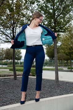 Our suits are designed for every business occasion. Look very straight on your appointment, but knowing that you have personality inside. Colors say WOW 😍 Moderne Outfits, Modern Clothing, Fashion Brand, Womens Fashion, Business Fashion, Elegant, Suits For Women, Catwalk, Bell Bottom Jeans