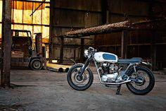 オーストラリアのカスタムビルダー SixtySix Motorcyclesのセンスが光る、日本車ベースのカスタムたち - LAWRENCE(ロレンス) - Motorcycle x Cars + α = Your Life.