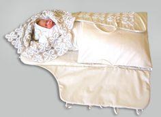 Комплекты для новорожденного на выписку осенью – лучшие модели