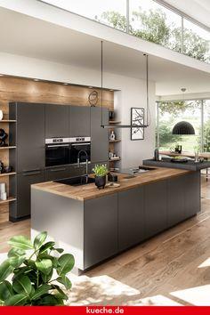 Nobilia Kitchen, Home Decor Kitchen, Home Kitchens, Mens Kitchen, Modern Kitchen Cabinets, Modern Kitchen Design, Interior Design Kitchen, Small Balcony Decor, Home Bar Designs