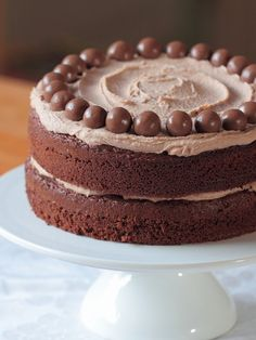 """Chocolate Malteser Cake - Definitely on my list of """"to do's"""" when the oven gets fixed! Gourmet Recipes, Sweet Recipes, Baking Recipes, Cake Recipes, Dessert Recipes, Chocolate Malteser Cake, Malteaser Cake, Whopper Cake, Cupcakes"""