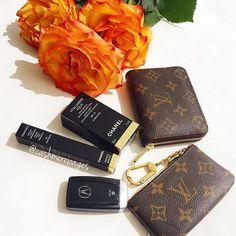 Louis Vuitton Hat, Louis Vuitton Sunglasses, Louis Vuitton Handbags, Louis Vuitton Monogram, Louis Vuitton Damier, Lv Handbags, Replica Handbags, Chanel, Purses