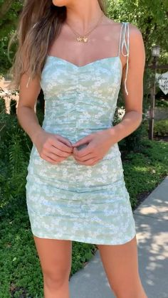 Elegant Summer Outfits, Casual Dresses For Women, Summer Dresses, Casual Outfits, Romper With Skirt, Dress Skirt, Dance Outfits, Dance Dresses, Sexy Green Dress