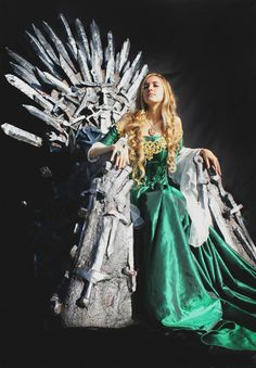 """Life-Sized Iron Throne Replica 