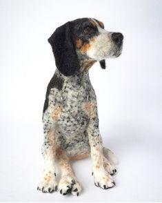 Mikaela Bartlett felt - from fb page Needle Felted Cat, Needle Felted Animals, Felt Animals, Dog Paw Art, Felt Dogs, Wool Art, Dog Portraits, Felt Art, Felt Crafts
