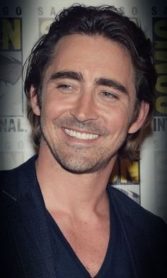Lee Pace and his beautiful smile at SDCC 2014.