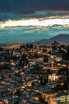 Albaicin al anochecer (Granada)