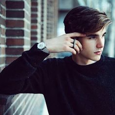 Read Alvaro Mel from the story Cast Wattpad by jaeffjae (pan) with reads. Portrait Photography Men, Photography Poses For Men, Portrait Poses, Best Poses For Men, Good Poses, Male Models Poses, Male Poses, Beautiful Men Faces, Beautiful Boys