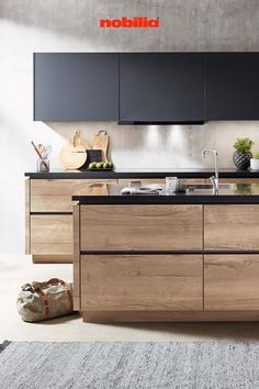 Modern Ikea Kitchens, Black Kitchens, Kitchen Room Design, Interior Design Kitchen, Kitchen Furniture, Furniture Design, Küchen Design, House Design, Indian Home Design