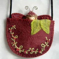 Wild Berries Butterfly Doll Necklace by on Etsy Waldorf Crafts, Waldorf Dolls, Bead Sewing, Felt Fairy, Felt Embroidery, Tiny Dolls, Wool Applique, Felt Hearts, Felt Ornaments