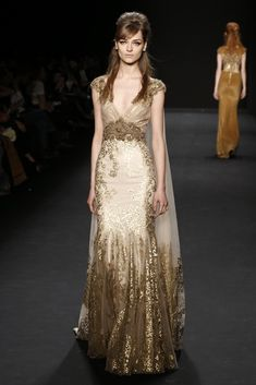 Badgley Mischka RTW Fall 2015 - Slideshow - Runway, Fashion Week, Fashion Shows, Reviews and Fashion Images - WWD.com