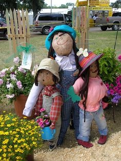 how to make a scarecrow | ... prize but it was really fun to make a scarecrow the flower family