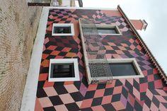 Checkered House - Maison à damier