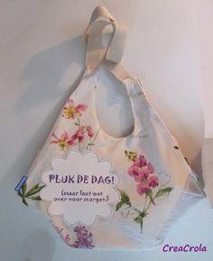 Een zomerse tas: Pluk de dag, maar laat wat over voor morgen. www.creacrola.nl